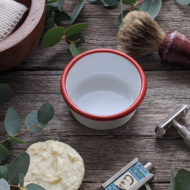 Enamel Shaving Ramekin [Colour: White with red trim]
